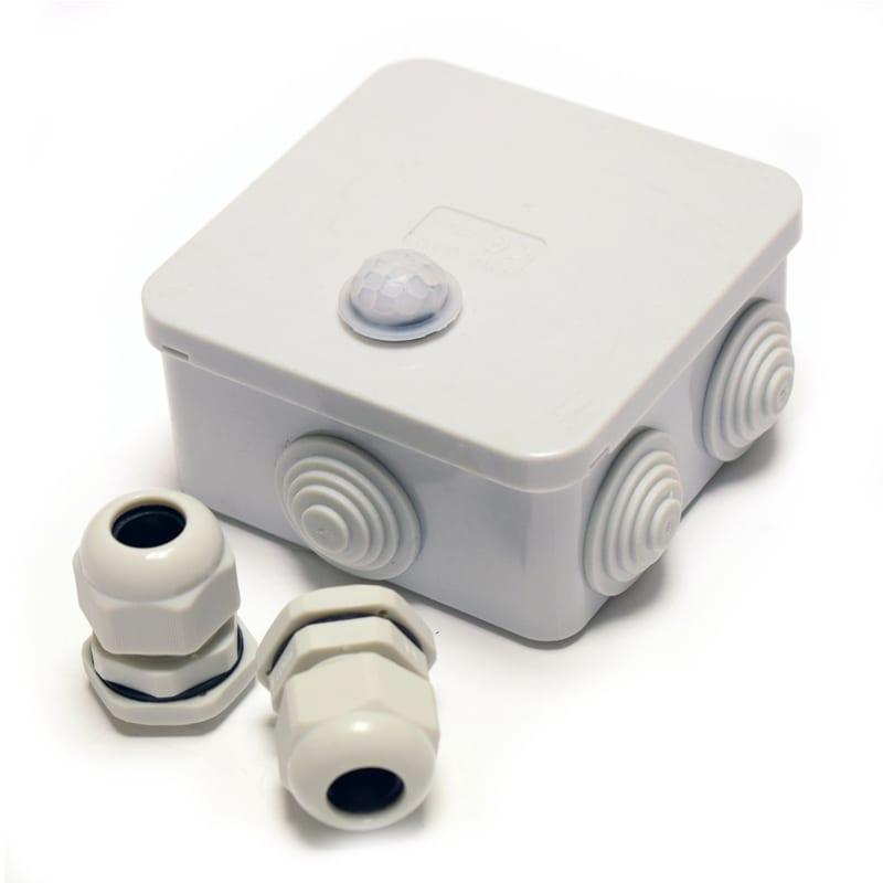 240v external pir outdoor motion sensor 240v lumena. Black Bedroom Furniture Sets. Home Design Ideas