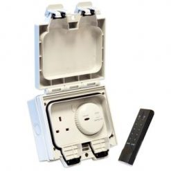 Waterproof Outdoor Power Socket with Remote Control