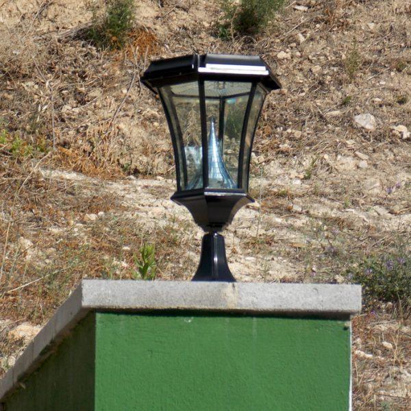 Solamon solar Pedestal light lumena