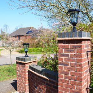 Solamon Pedestal Solar Lights