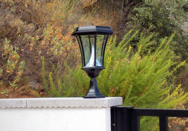 Solamon solar Pedestal light