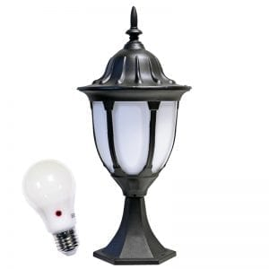 Amphora w dusk to dawn bulb