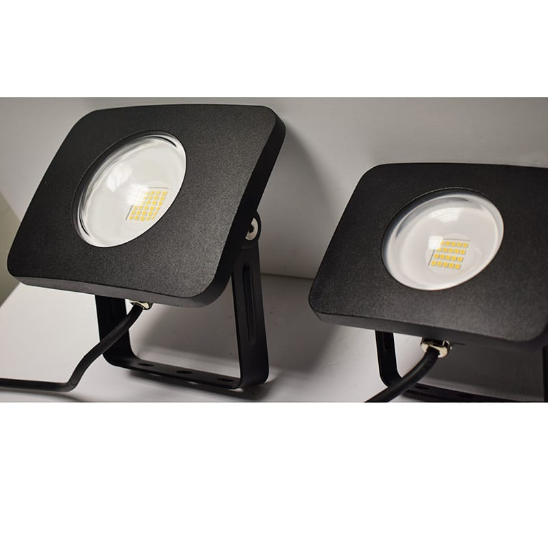 Dusk To Dawn Light Rural King: LED Floodlights Close Up 2