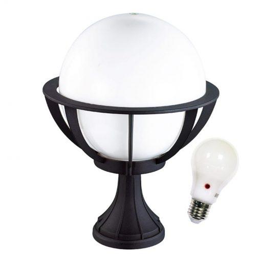 Dusk to Dawn Globe Pedestal light