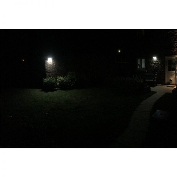 Secursol Pro Solar Light with Remote Control in-situ