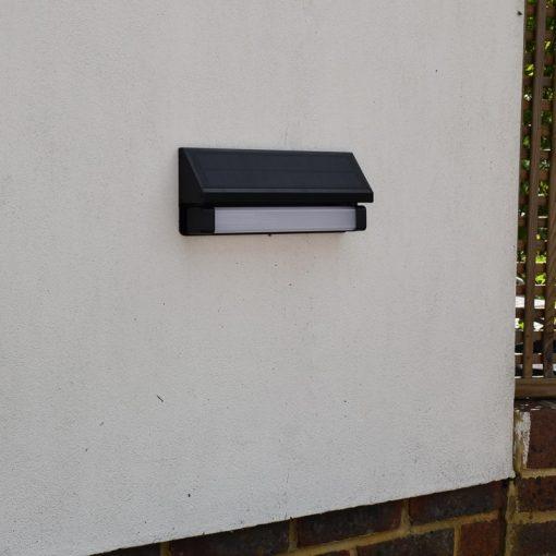 Wall Mounted Motion Sensor Solar Light - Alerta